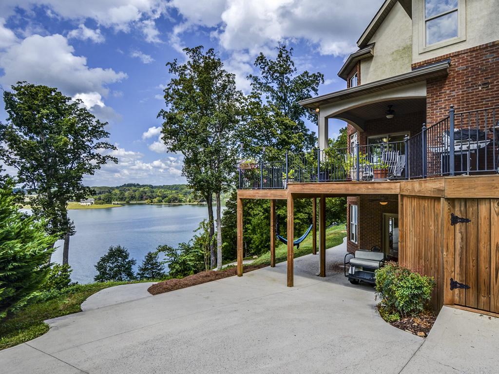 Loudoun Lake Homes For Sale