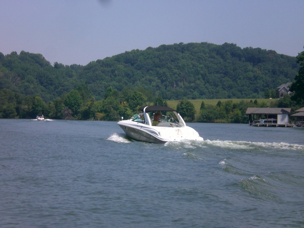 Boating on Tellico Lake